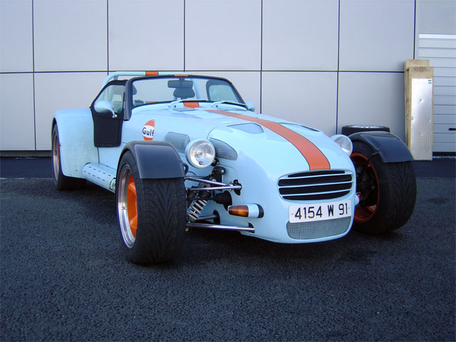 /photos/donkervoort/d8_210_wide-track/d8_210wd_01.jpg